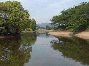 立岡池吊り橋周辺